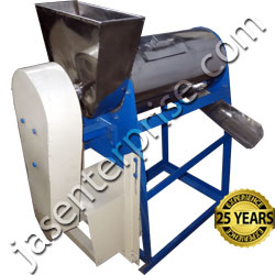 Vegetables and fruits pulper machine