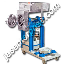 Jacketed mini pulverizer